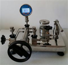 液体压力校验器