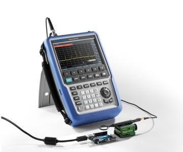 罗德与施瓦茨发布新型手持式微波频谱分析仪