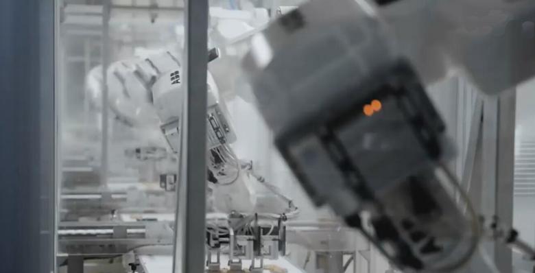 国产工业机器人迅猛崛起 但三大关键技术仍亟需解决