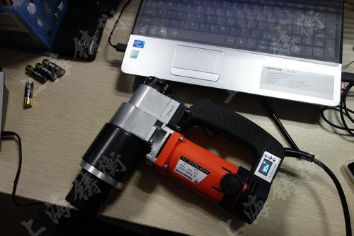 定扭矩可调电动扳手图片